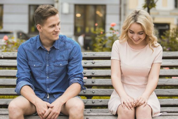Getting Back in the Dating Game ¬¬¬– How to Get Flirting Right, Online and Offline